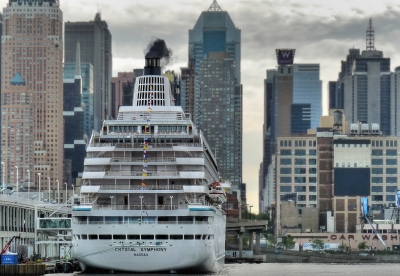 Crystal Symphony on 47th Street (joiseyshowaa)  CC BY-SA
