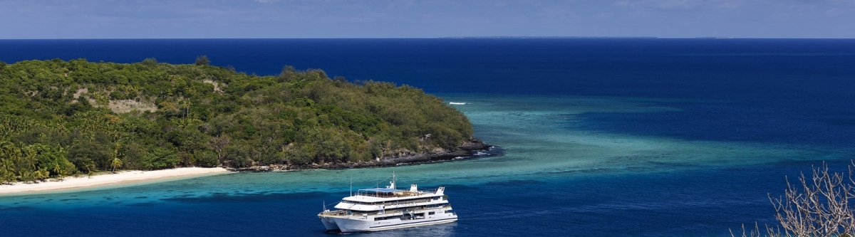 Fiji Princess - Blue Lagoon Cruises (Roderick Eime)  CC BY