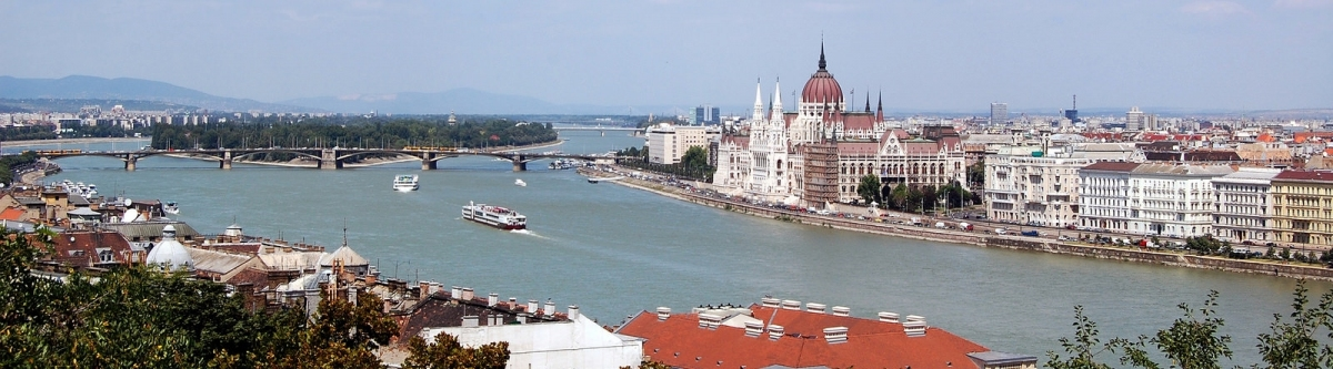 Hungarian Parliament Building, Pest riverside and the Danube, Budapest, from Buda Castle (Henning Klokkeråsen)  CC BY