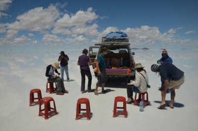 Lunch time on the salt flats (James Harris)  CC BY